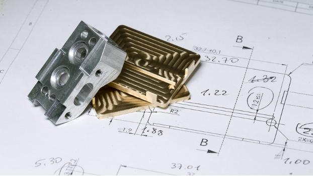 Fertigung, Oberflächenbehandlung, Zusatzleistungen